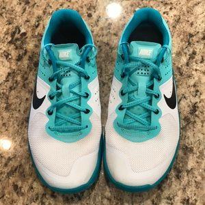 Nike Shoes - Nike Metcon 2